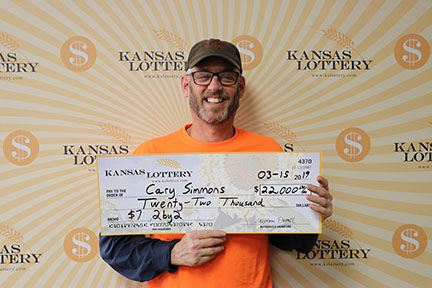 Cary Simmons wins $22,000 on $7 2by2
